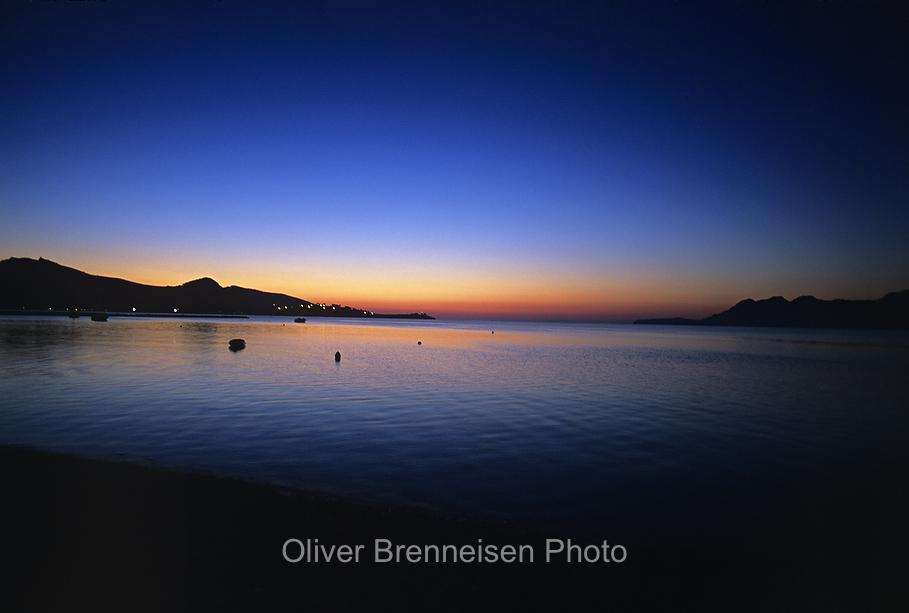 Die Bucht von Pollenca bei Sonnenaufgang